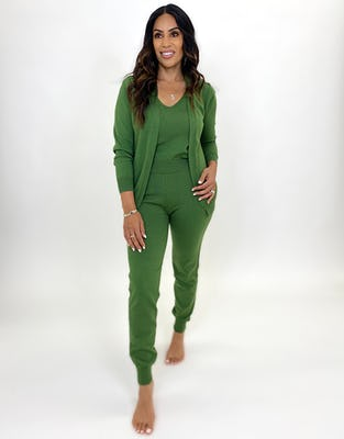 Three Piece Dark Green Lounge Set