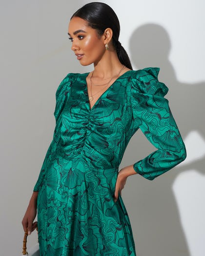 Green Shell Print Ruched Midi Dress
