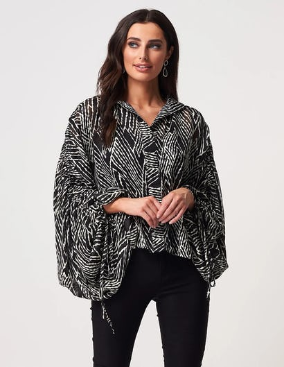Black and White Geometric Batwing Blouse